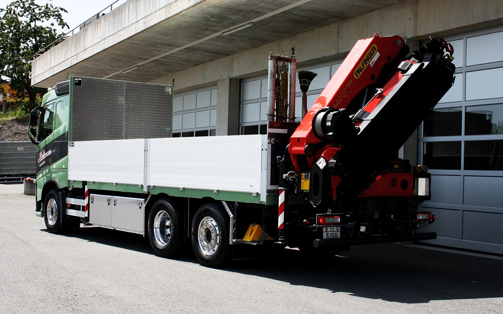 Kranwagen Volvo 3-Achser